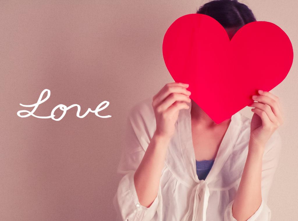 アセクシャルの自認が揺らぐ瞬間と、慈悲・恋・愛の違いへの疑問