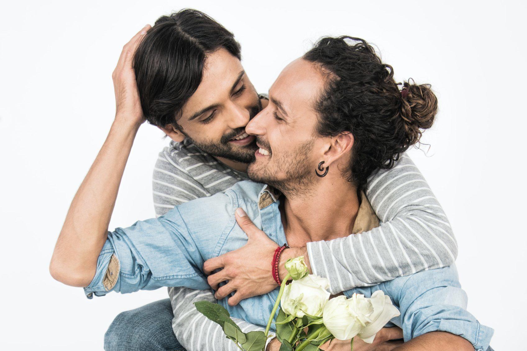 異性と同性、付き合った時のメリットについて