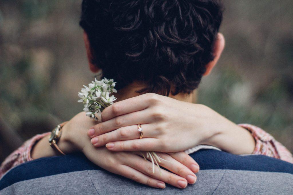 コロナ禍で婚活市場はどう変化する? 実際変化した男女の条件