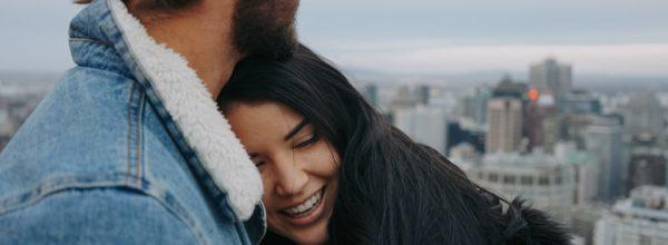 本当に特別な彼女にしかやらない…男子のベタ惚れ行動5選