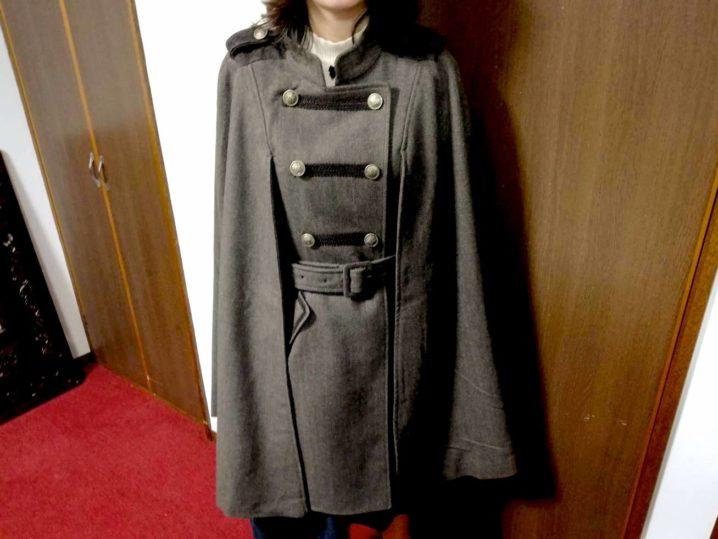アクシーズファム(axes femme)ナポレオンマント風コート