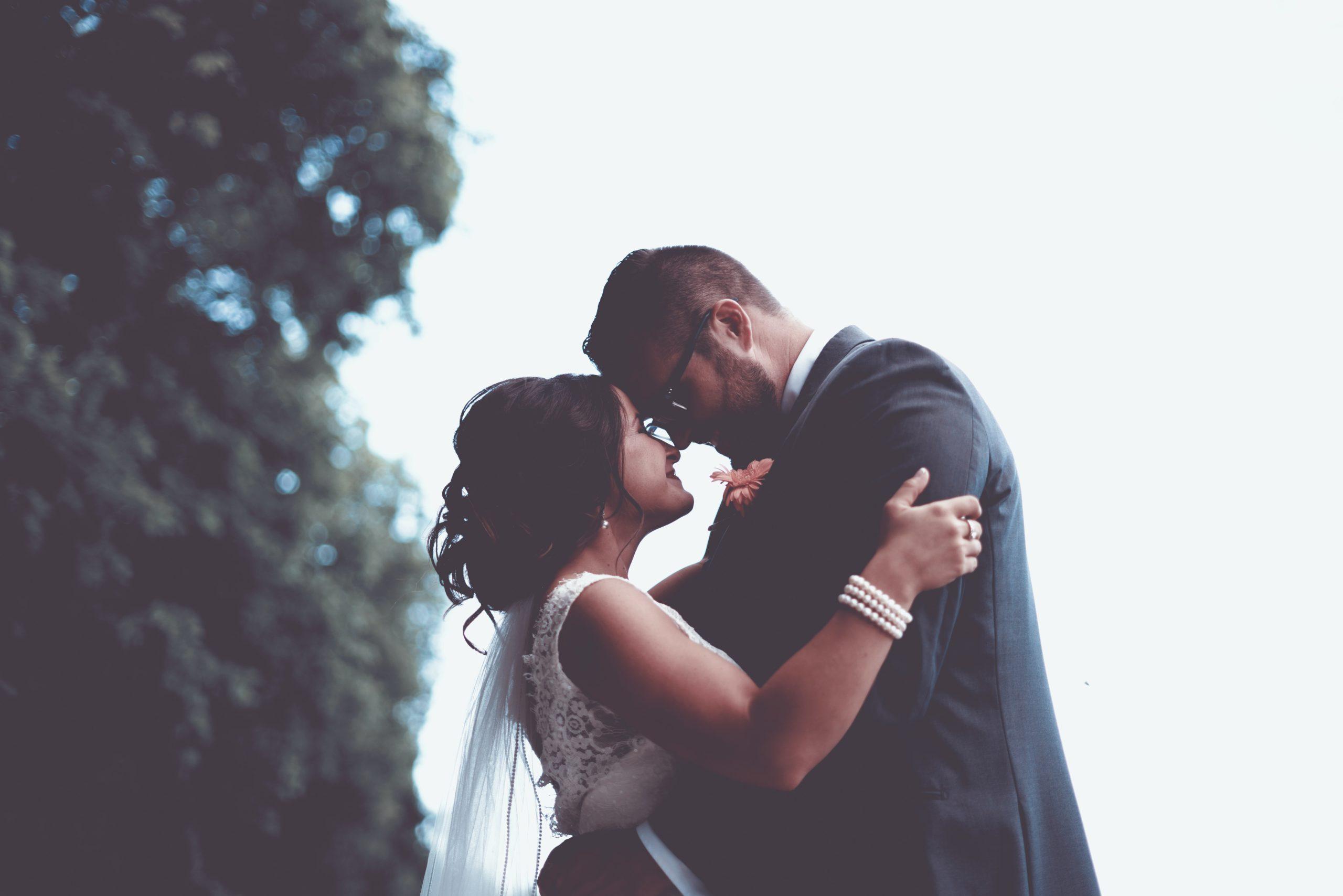 【交際前のキス特集】付き合う前にする男女の心理・恋愛に発展するか・アプローチ法