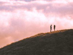 彼の中にいる「別れてからも何年も好きで居続けたという元カノ」彼女の存在で消化できる?