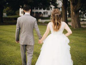 アセクシャルなのに再婚願望って変なこと? 友情結婚相談所の実態も